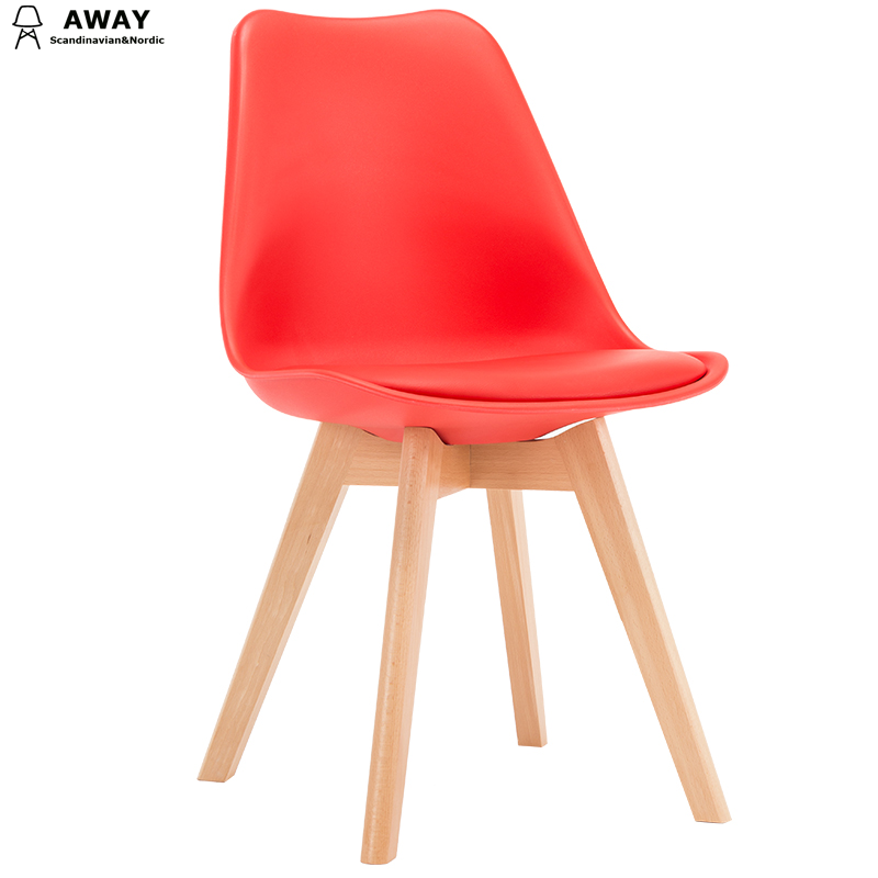 red soft pad scandinavian design tulip dining chair with solid wood legs